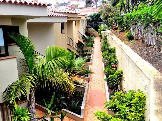 Apartamentos Playa De Los Roques: Zugang zu den Appartements