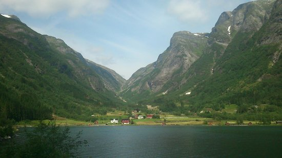 The Three Fjord Ride: the valley of sværen