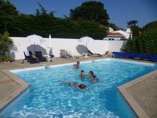 Hôtel  La Villa en l'Île : la piscine