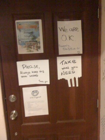 Bavaro Hostel: Message Board