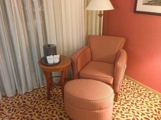 Torrance Marriott Redondo Beach: Sitting Area