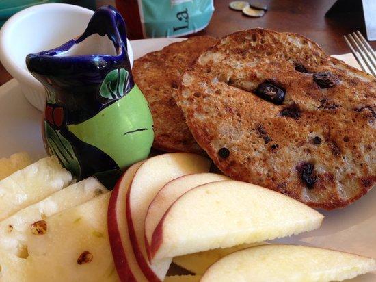 La Esquina: Banana flax pancakes with blueberries