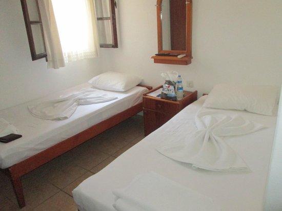 Kaya Pansiyon: Hotel room
