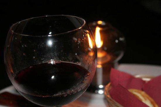 Hotel Campomar Playa: una copita de vino a la luz de las velas