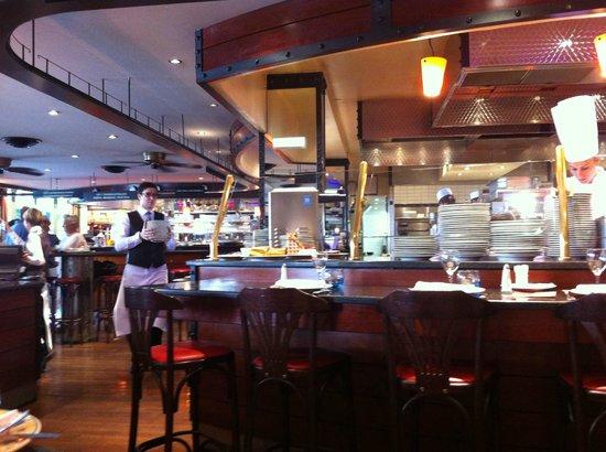 vue sur la cuisine de notre table - picture of brasserie l'est