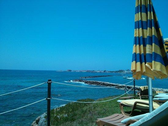 Alexander The Great Beach Hotel: Meer