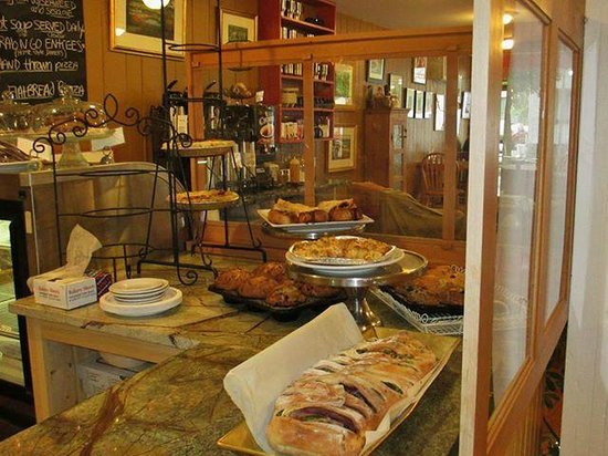 Beth's Kitchen Cafe: Great selection of homemade food.
