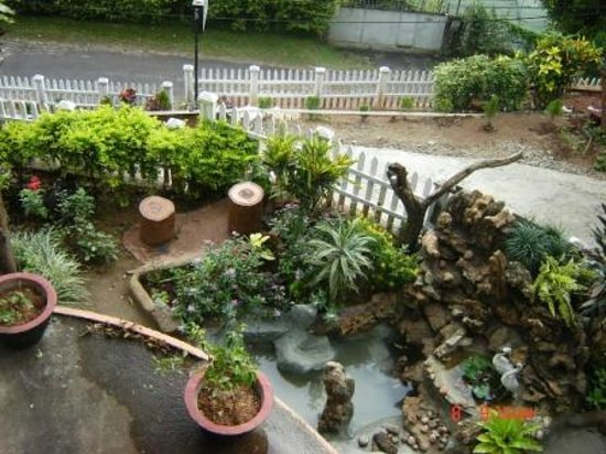 Kandy Hills Resort : Beautiful Garden