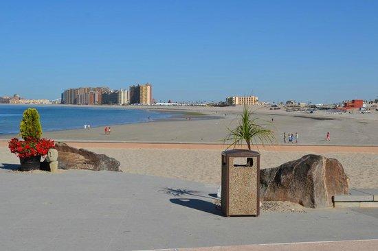 Penasco Del Sol Hotel: Beach view