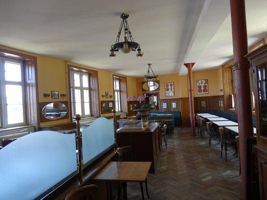 Hotel Brasserie Au Violon: l 'intérieur somptueux