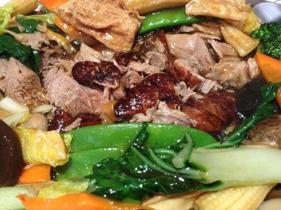 New Mayflower: duck and vegetables ... melting in the mouth Yummy!