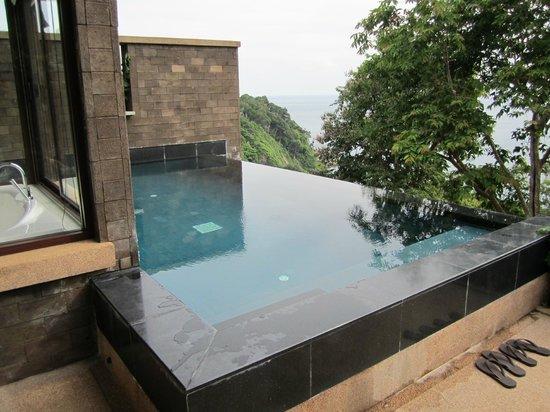 Paresa Resort Phuket : Our private infiniti pool