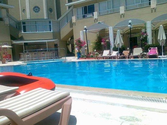 Anemon Hotel: swiming pool
