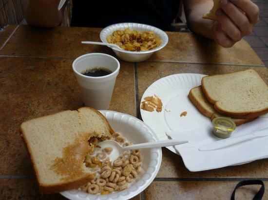 Banana Bungalow Hollywood: Le petit déjeuner