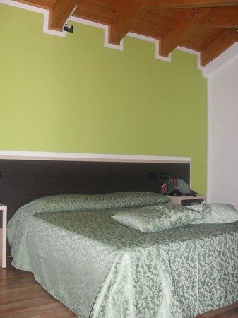 Locanda Valmolin: camera matrimoniale alla mela verde