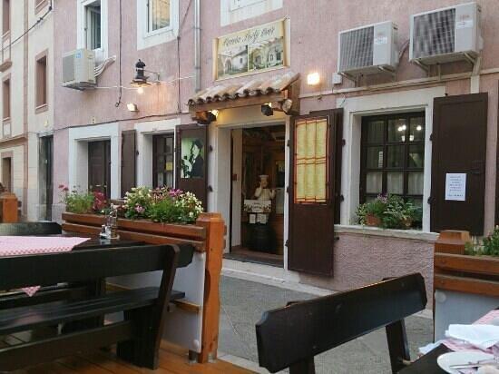 Konoba Lavlji Dvor: View from the outdoor seating