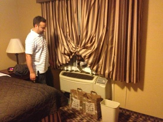 Ramada Del Rio: blocking the tin container that held water dripping from the air conditioner.  was scared the do