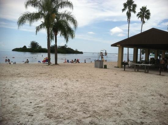 Holiday, FL: Add a caption