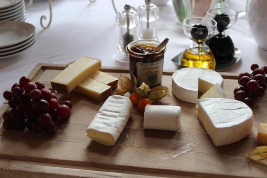 Hotel Restaurant Villino: Breakfast spread