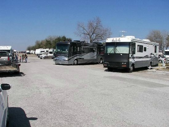 Traders Village RV Park: View from the fence