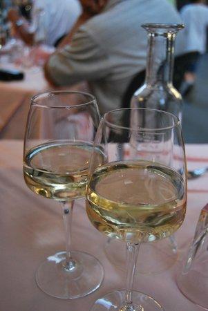 Trattoria Il Giardinetto: White wine
