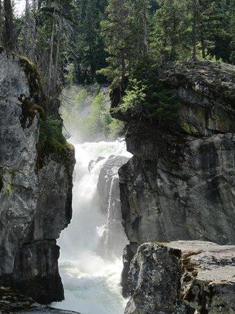 Nairn Falls Provincial Park: Nairn Falls