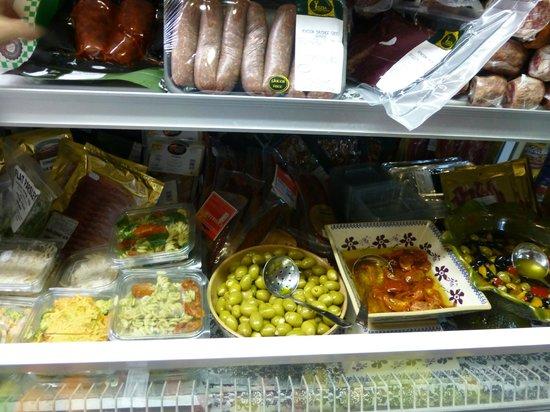 Glasrai Goodies: Delicious salads and venison sausages!