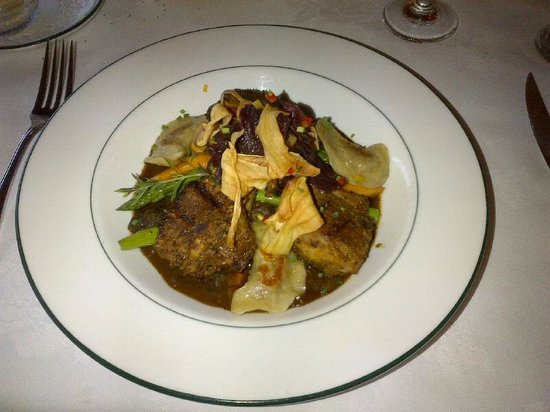 Churchill's Restaurant & Lounge: Lamb with curry dumplings