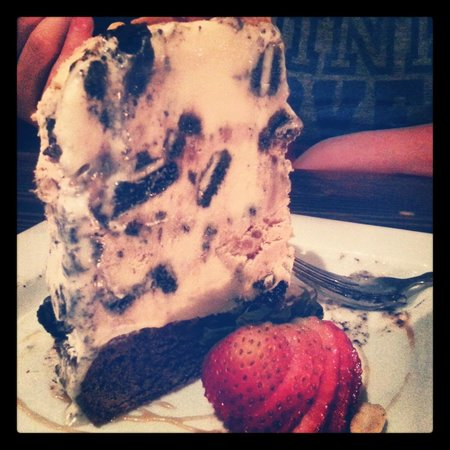 The Grape Tap : peanut butter/oreo ice cream and brownie, yum!
