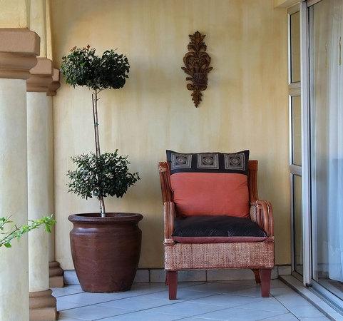 Anchor's Rest: Cosy Corner on Verandah of Blue Crane Suite