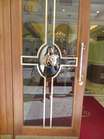 Kaiserin Elisabeth: hotel door