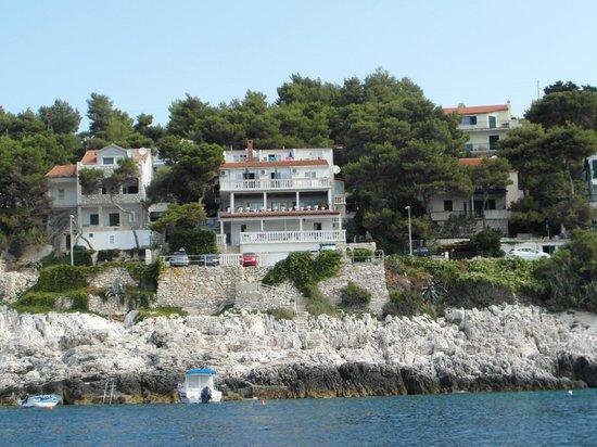 Apartments Violando: View of Violando from sea.