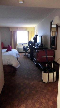 Hampton Inn Frederick: Room 535