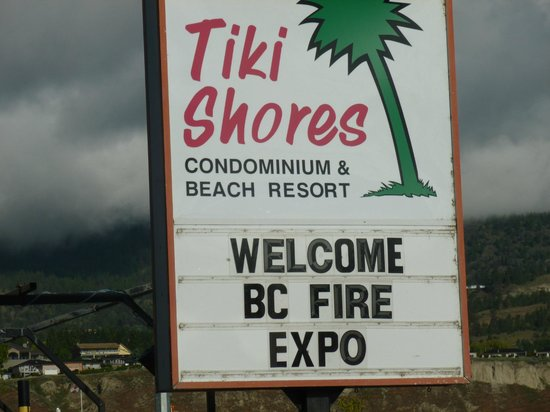 Tiki Shores Inn and Suites: Their Welcome Sign