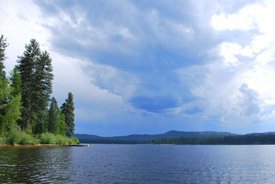 Tamaracks Resort: Stormy Seeley from the dock