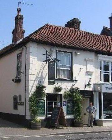 The Star Inn Ringwood: getlstd_property_photo
