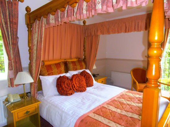 Little Silver Country Hotel: A very comfortable bed