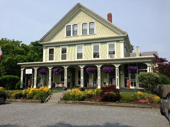 Captain Freeman Inn : Gorgeous and delightful B&B!