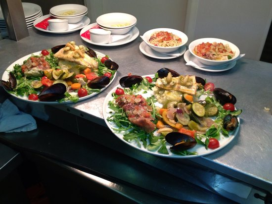 Andrea's Restaurant: Great food and very good service will come back again