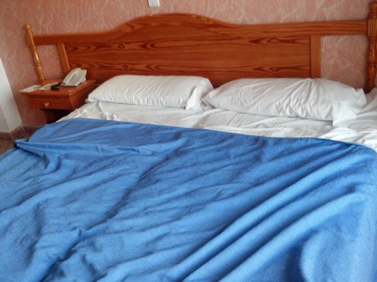 Plaza Santa Ponsa Boutique Hotel: bed