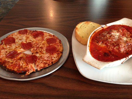 Turtlelini's Pizza and Pasta: Small pepperoni pizza and lasagna