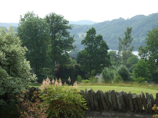 The Ryebeck: Lovely views to Lake Windermere
