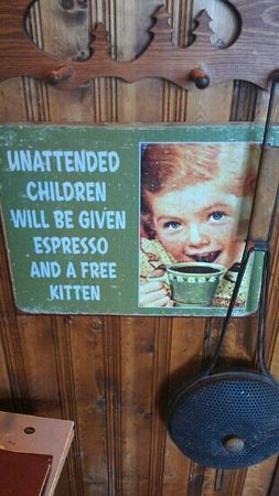 The Big Bend Cafe : quirky sign example