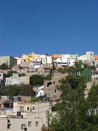 Al Son de los Santos: Vista desde el hostal