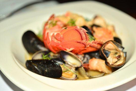 CanoeHouse : kona coast shellfish bowl