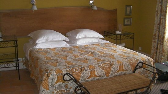 Garrigae Abbaye de Sainte Croix : Saintly bedroom: St Laurent.