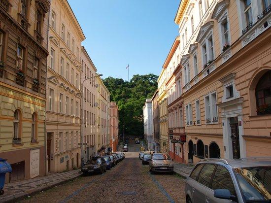 Residence Jeronymova: the street
