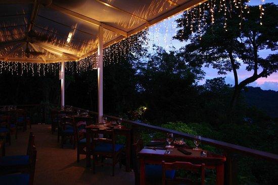 Tulemar Resort : New Restaurant at Buena Vista Luxury Villas