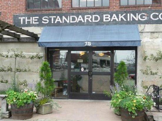 Standard Baking Co. : Standard Baking Company
