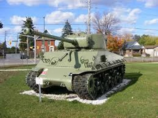 The Royal Canadian Regiment Museum: outside decore(real)